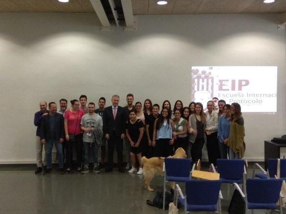 El jefe de Protocolo de Presidencia de la Generalitat de Catalunya, Carles Fabró, cierra el ciclo de conferencias en EIP Barcelona