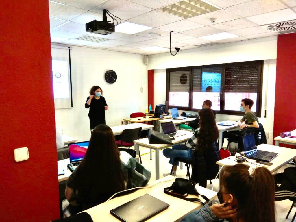 Sandra Pérez, conferencia de RRPP para los alumnos de CFGS de Marketing y Publicidad