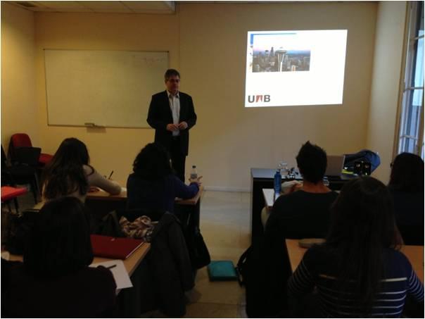 Conferencia sobre comunicación de crisis de Josep Maria Brugués para los alumnos de postgrado de la EIP de Barcelona
