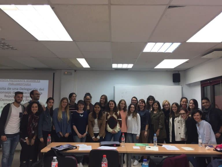 Conferencia de Rosa María Chico, protocolo en el Senado, en EIP Madrid